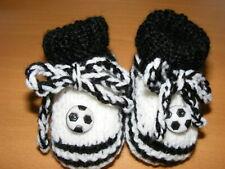 Babyschuhe Strickschuhe Fußballschuhe  schwarz weiß gestrickt Gr. 56