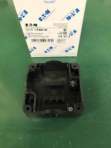 rastend Eaton//Moeller RMQ-Titan Drucktaste blau M22-DR-B