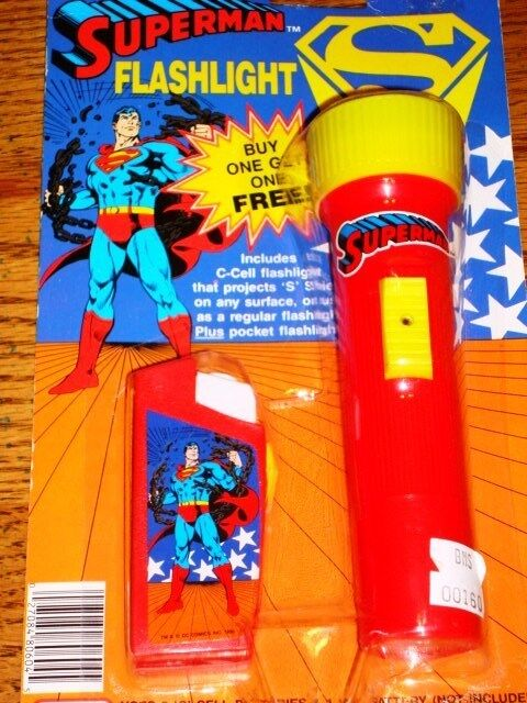SUPERMAN FLASHLIGHT SET OF 2 SEALED ON CARD  1990