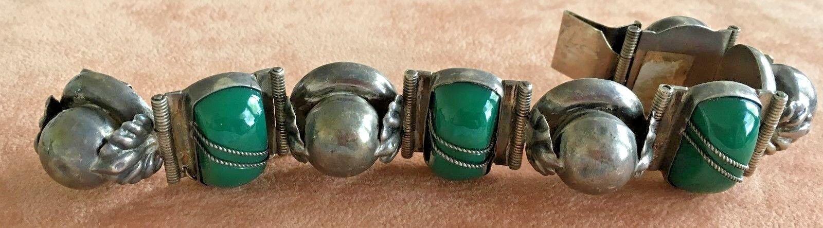 Vintage Sterling Mexican Jade Bracelet Signed Detailed 6 1 2  47 Gr.Chunky