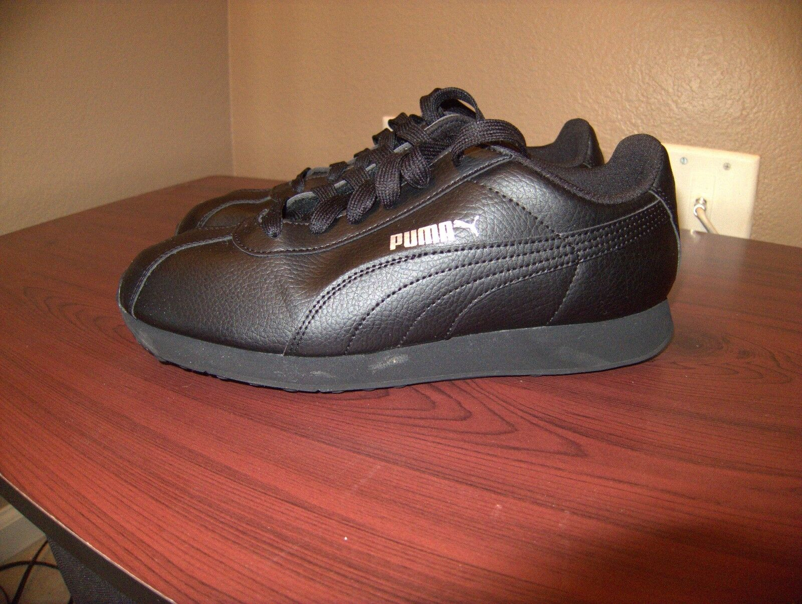 Slightly Used PUMA Black, Turin Men's Shoes Sneakers, Black, PUMA Size 8.5 31249f