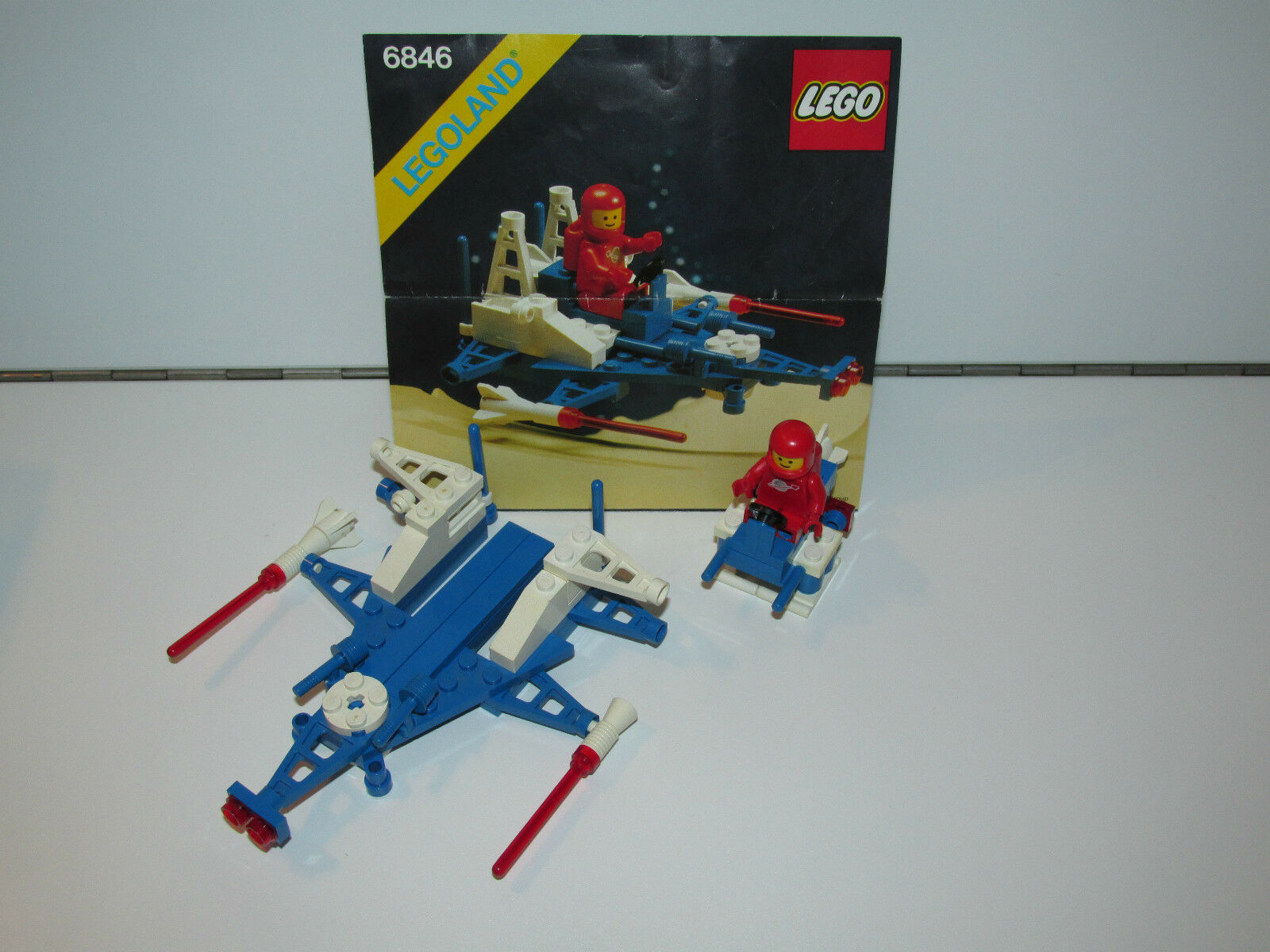 LEGO SPACE No 6846 TRI-STAR TRI-STAR TRI-STAR VOYAGER 100% COMPLETE IN ORIGINAL BOX 1980s 0bd37b