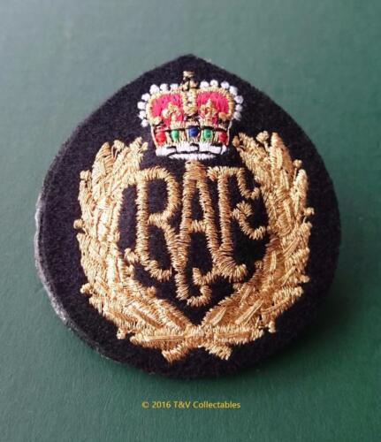 ROYAL AIR FORCE CAP BADGE EB
