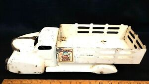 1940-039-s-MARX-Marcrest-Dairy-Delivery-Truck-Original-Condition