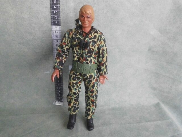 VINTAGE 1970'S MATTEL BIG JIM - Dakota Joe FIGURE WITH  CLOTHES
