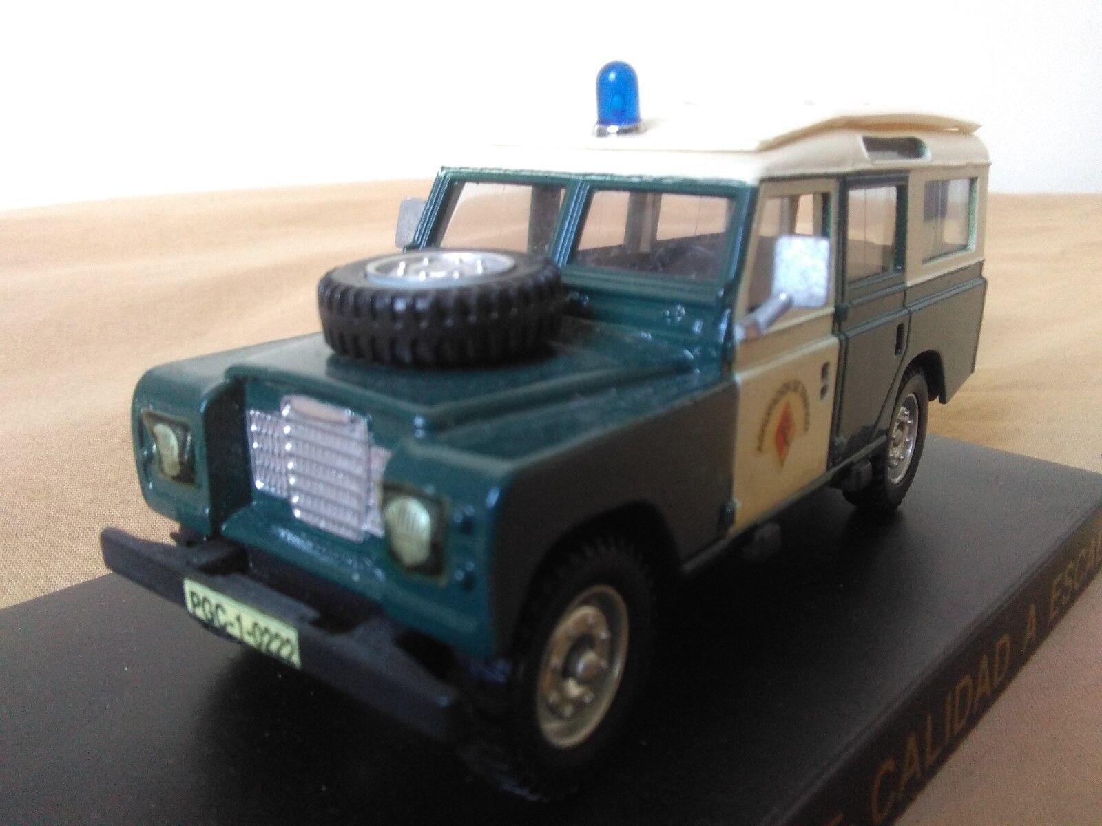 Antigua miniatura 1 43 Scale Carr PR025 Land Rover Guardia Civil.