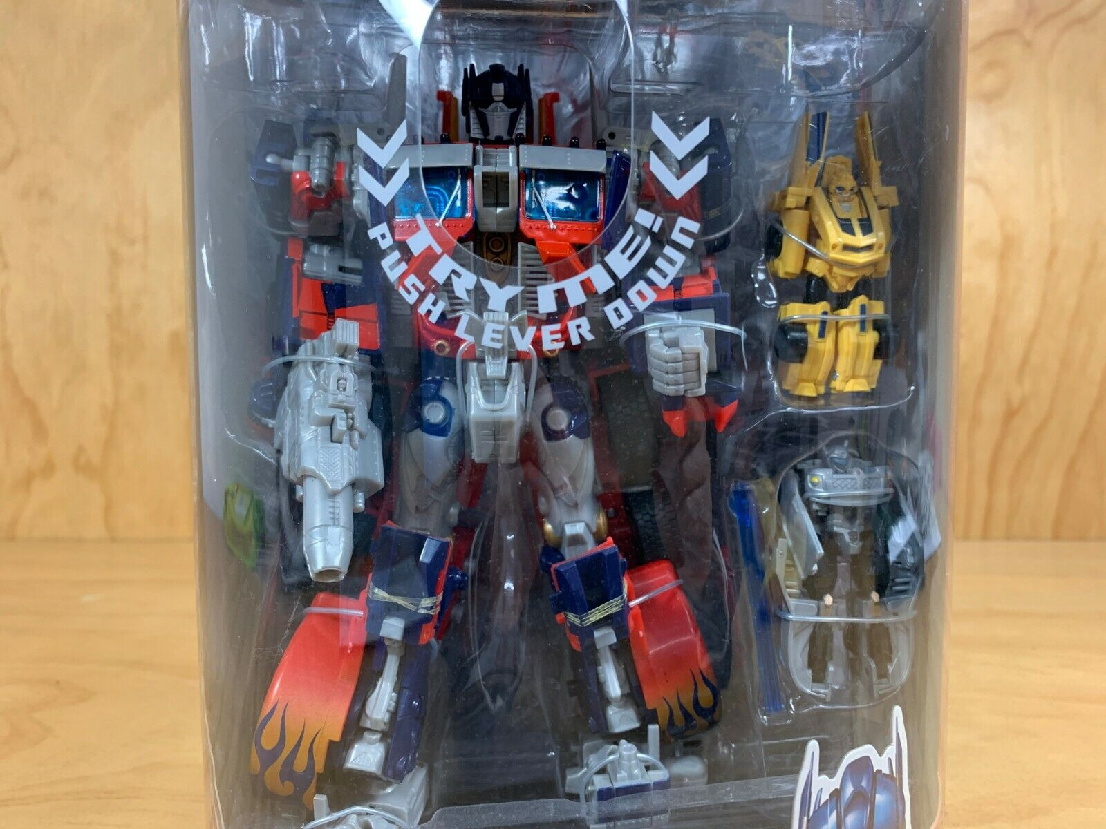 HASBRO TRANSFORMERS OPTIMUS PRIME COSTCO EXCLUSIVE BUMBLEBEE JAZZ FIGURINE NEW