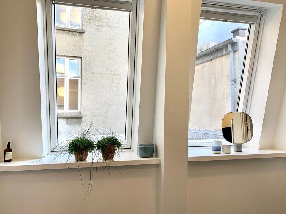 1260 4 vær. lejlighed, 138 m2, Bredgade