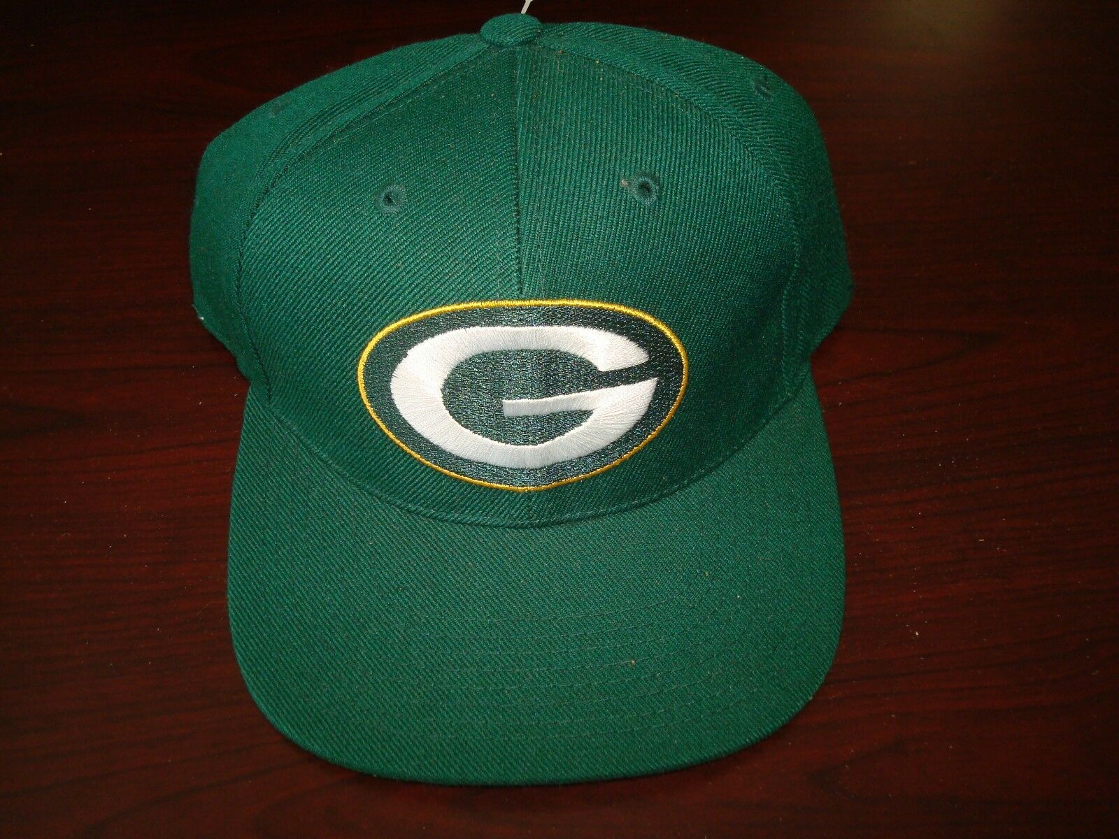 GREEN BAY PACKERS SPORTS SPECIALTIE RARE LEAF   LEAF FITTED SZ 7 1/8  HAT CAP VINTAGE 264dfe