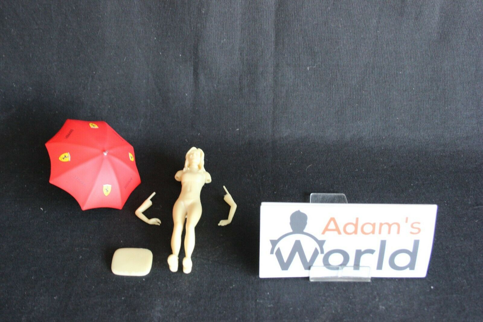 Figurine grid girl (unpainted) with Ferrari umbrella 1 18 (PJBB)