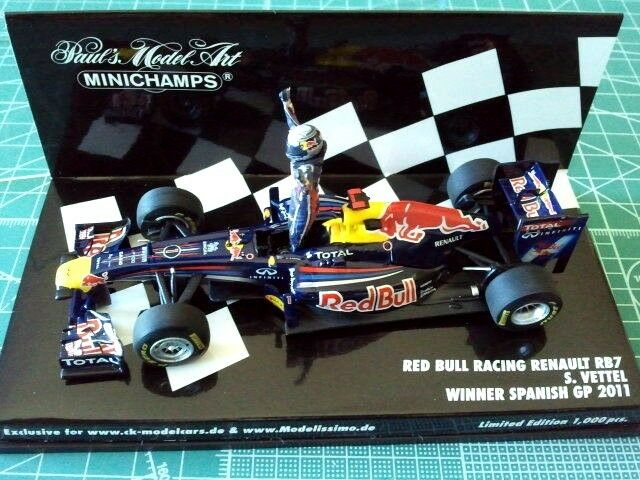 Sebastian VETTEL - MINICHAMPS 413110501 - RED BULL RB7 - WINNER SPANISH 2011 -