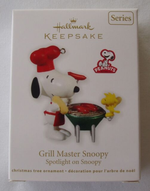 Hallmark 2011 Grillmaster Snoopy #14 Spotlight On Series BBQ Christmas Ornament