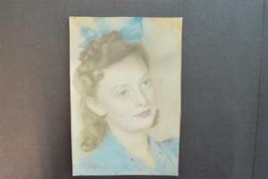 Vintage-1940s-Photo-Pretty-Girl-w-Bow-in-Hand-Tinted-Color-922053