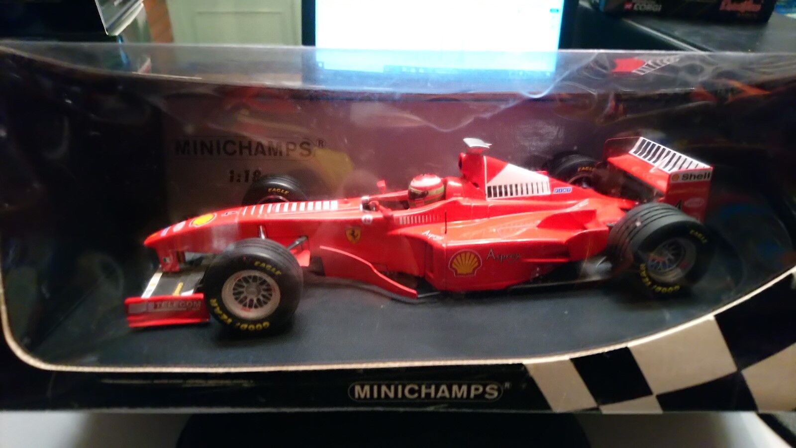 MINICHAMPS 1 18  FERRARI F300  4 E IRVINE ( ASPREY )