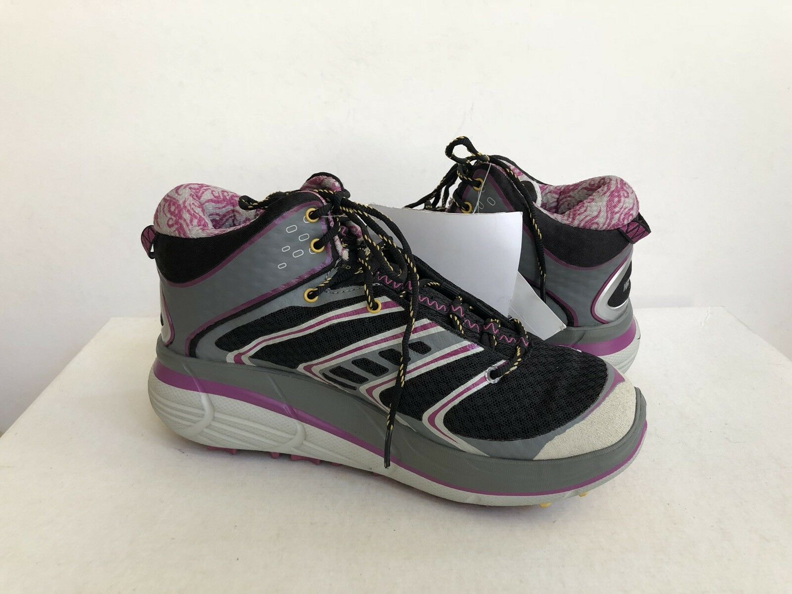 HOKA ONE ONE WOMEN TOR SPEED MID GREY FUCHSIA BLACK US 7   EU 38 2 3   UK 5.5