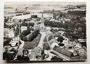 791-Ancienne-Carte-Postale-Vermand-Aisnes-l-039-eglise-la-place-de-l-039-Hotel-de-Ville