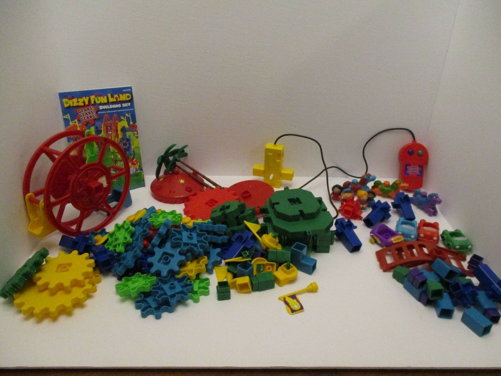Learning Resources Dizzy Fun Land Motorized Gears Set Missing 1 Part Used