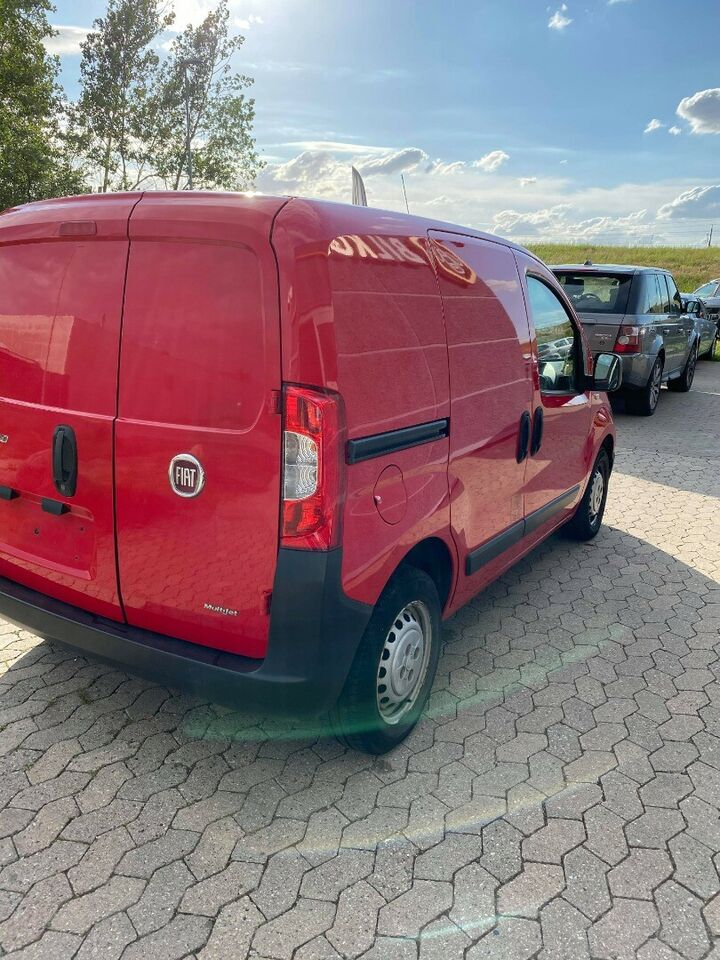 Fiat Fiorino 1,3 MJT 75 Elegant Van Diesel modelår 2014 Rød