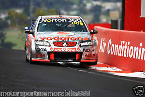 Craig-Lowndes-Mark-Skaife-2010-6x4-PHOTO-PRINT-V8-Supercars-HOLDEN-BATHURST-1000