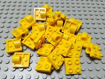 LEGO Lot of 10 Red 2x2 Axle Pin Brick Parts and Pieces