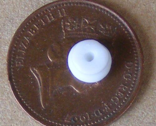 1:12 SCALA 4 Plain 0.4cm in Ceramica Porta Manopola Set tumdee casa delle bambole 681 Maniglie