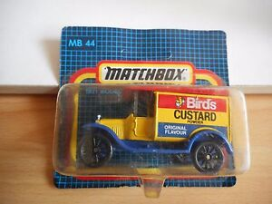 Matchbox-1921-Ford-Model-t-Ford-034-Bird-039-s-Custard-039-in-Blue-Yellow-on-Blister