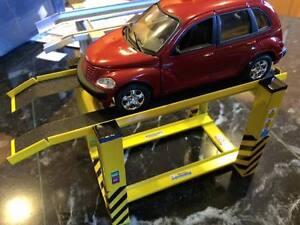 Intelligente Échelle 1/32 4 Post Garage Rampe Avec Hauteur Fixe Pour Garage Diorama-afficher Le Titre D'origine Vente De Fin D'AnnéE