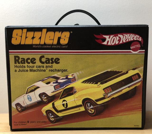 Mattel Hot Wheels ~ Sizzlers Race Case (Holds 4 Cars & Recharging Juice Machine)