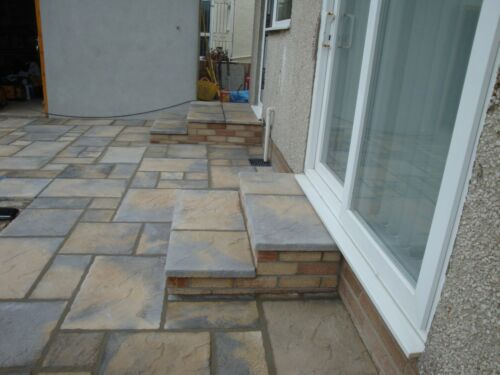Trade prices - FREE DELIVERY Traditional Patio Paving Slabs 10sqm packs