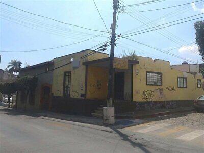 Renta de terreno plano en esquina, Centro, Cuernavaca, Morelos...Clave 3285