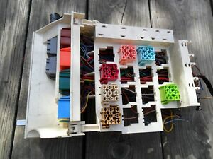 image is loading main-fuse-box-relay-assembly-holder-volvo-850-