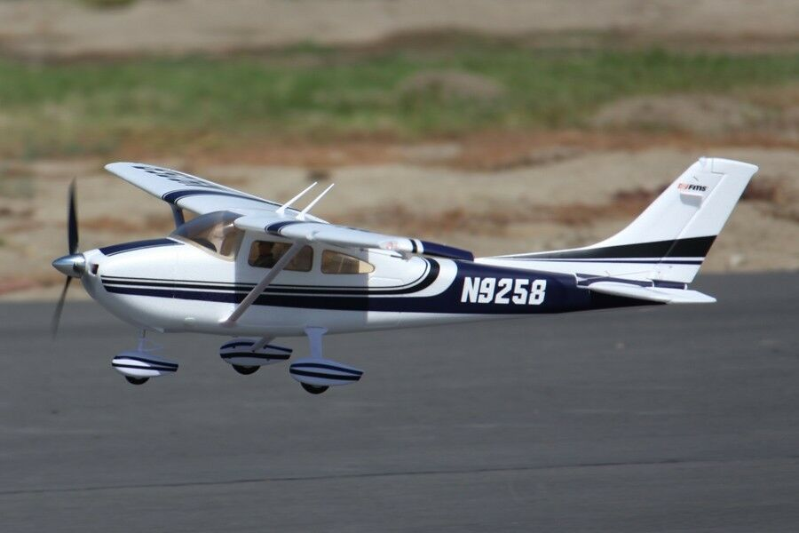 FMS 1400MM Sky Trainer 182 Radio Control avión PNP (azul) sin radio