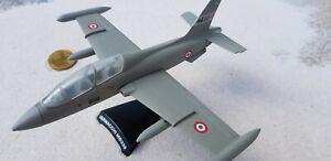 Macchi-MB-339-pan-Stand-metal-modelo-avion-Aircraft-yakair-Delprado