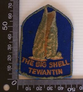 VINTAGE-BIG-SHELL-TEWANTIN-EMBROIDERED-SOUVENIR-PATCH-WOVEN-SEW-ON-BADGE