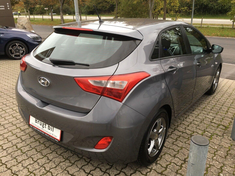 Hyundai i30 2014