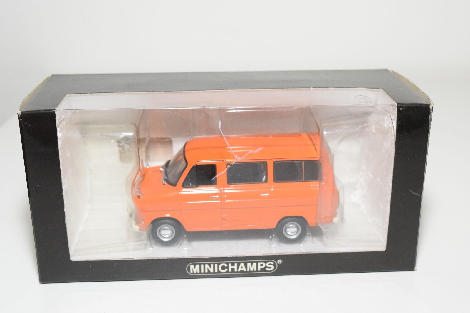 Nej.MINISTAMPS FORD TRANSIT buss VAN 1971 orange MINT lådaED