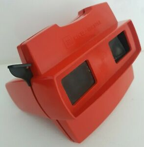View master Slide reel Viewer red  3D Viewmaster front light lens pushed in