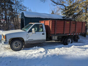 2000 GMC 3500 dump truck