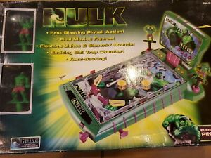 Marvel Pinball Machine Tabletop Incredible Hulk 2003 with Figures!!!  New in box