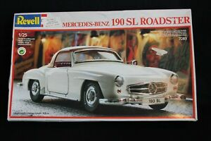 Revell-Mercedes-Benz-190-SL-Roadster-1-25-JS