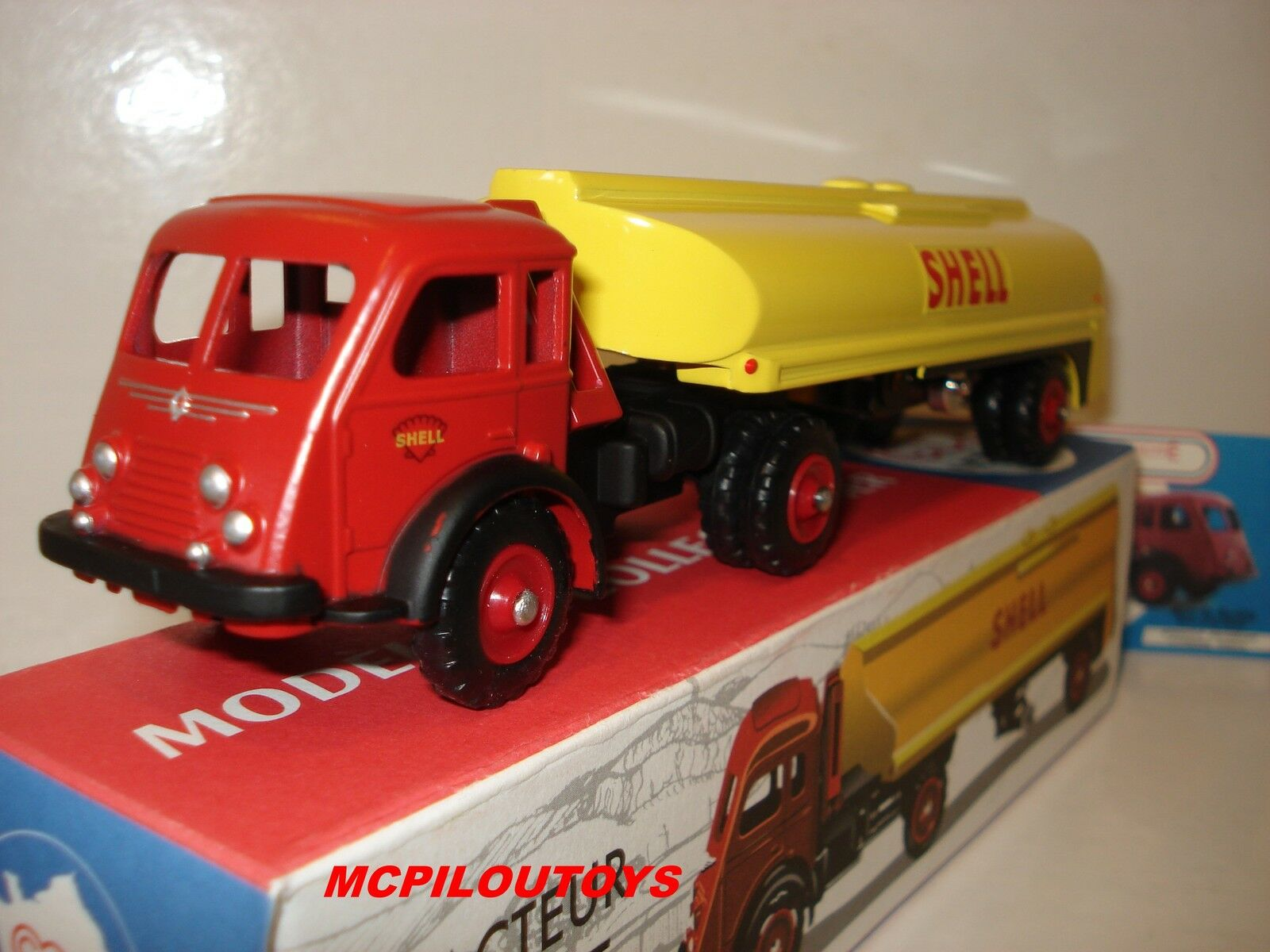 CIJ NOREV RENAULT FAINEANT AVEC SEMI CITERNE SHELL ROUES rotS REFERENCE C38301