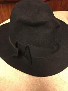 f94b9f3b1065b Details about Unisex Vintage 100% Virgin Wool Black Hat Fedora- Sz Small-  Cute Hat!
