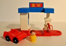 Vintage Fisher Price Little People Gas Station 2455 complete