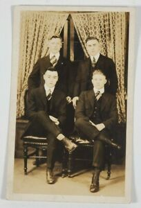 RPPC-Handsome-Group-of-Young-Men-Well-Dressed-c1915-Harrisburg-Pa-Postcard-N7