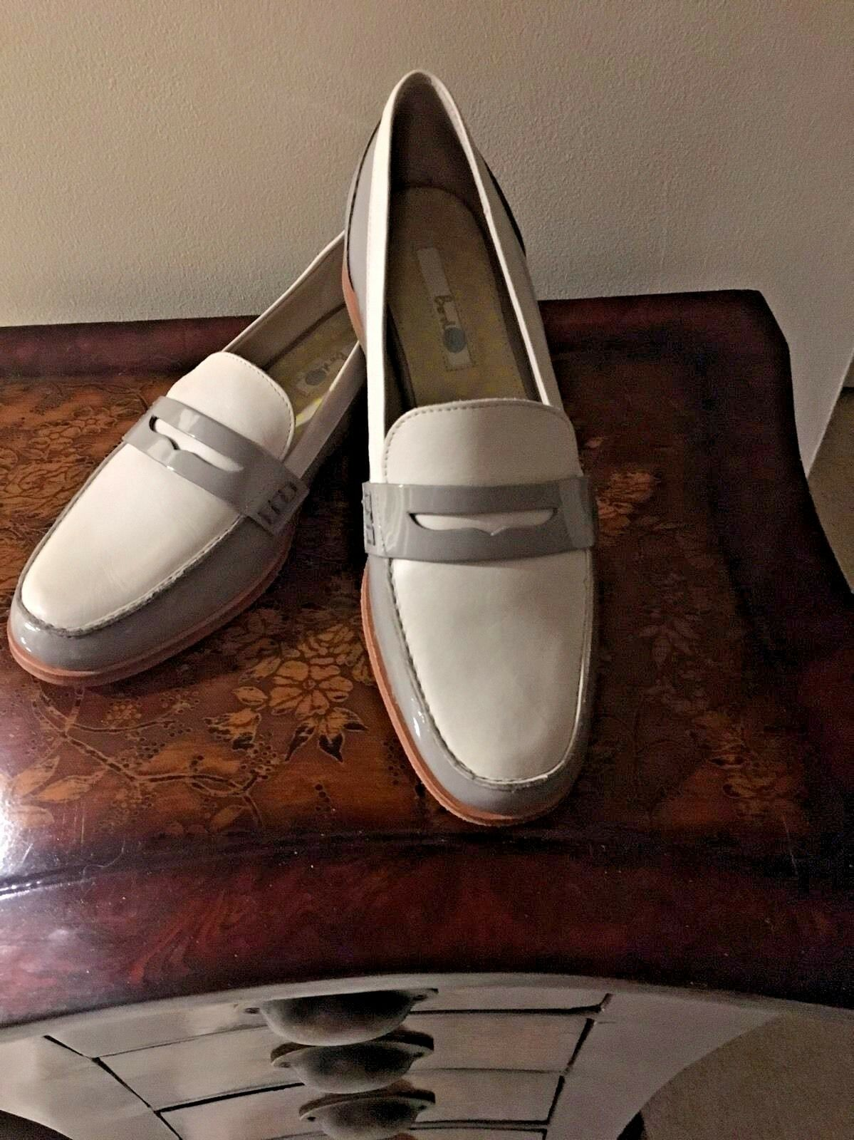 NWOB BODEN Gray Ballet White PATENT LEATHER Moccasin LOAFERS Flat Ballet Gray SHOES 40 9 9.5 a4b592