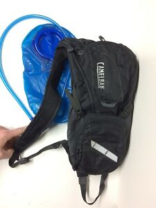 e7a04900c40 Camelbak Rogue 2L/70 oz Hydration Pack Black Backpack Cycling Hiking ...