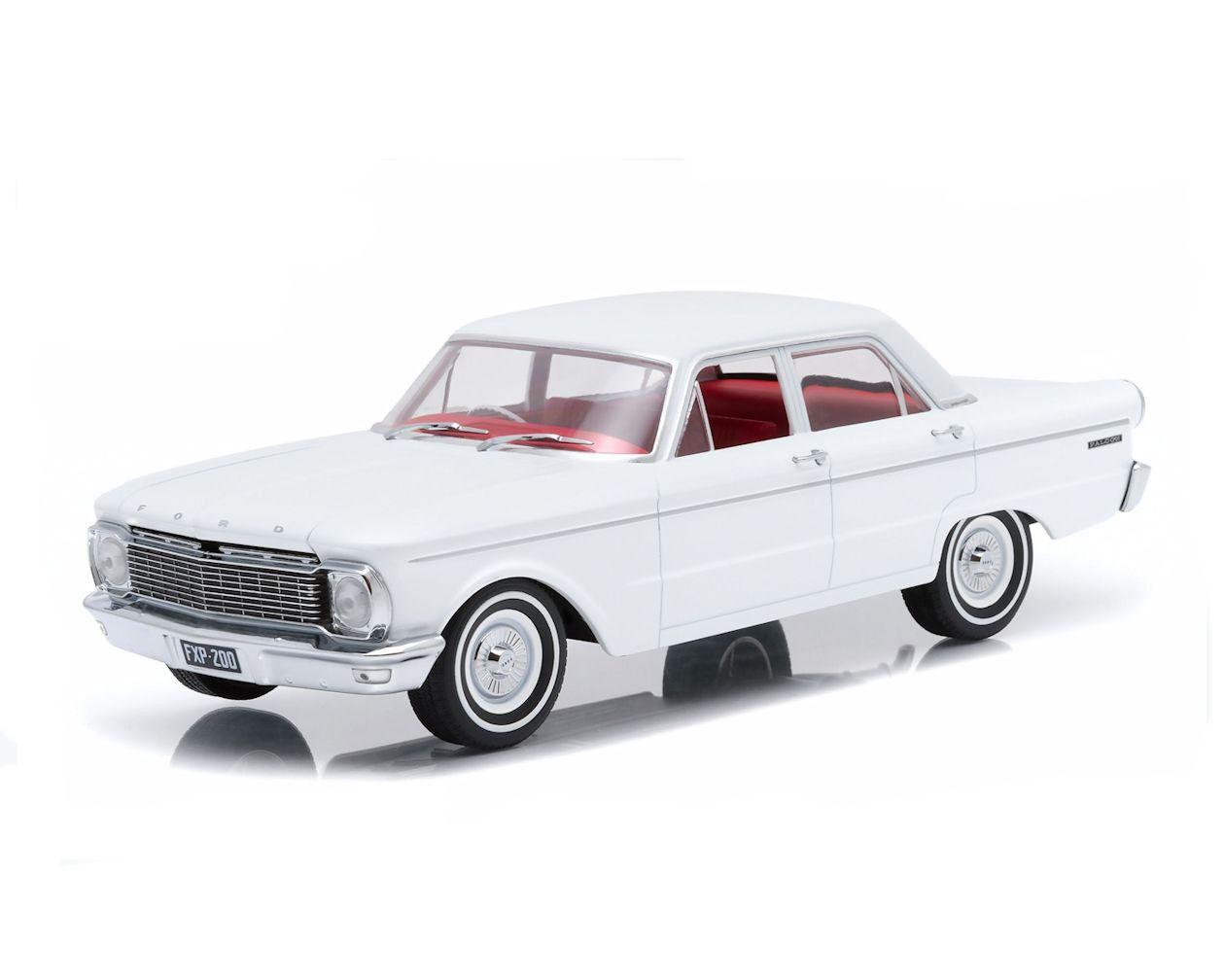 1 18 Dda - 1965 de 4 puertas XP Ford Falcon Sedan en biancao