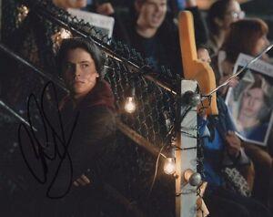 Cole-Sprouse-Riverdale-Autographed-Signed-8x10-Photo-COA-13