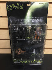 Astronaut Alien Baby Face Attacher Triple Action Figure pack Mezco Mez-itz Toys