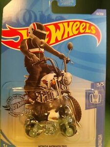Hot-Wheels-HW-2020-Honda-Series-Honda-Monkey-Z50-New-in-Package-White-minibike